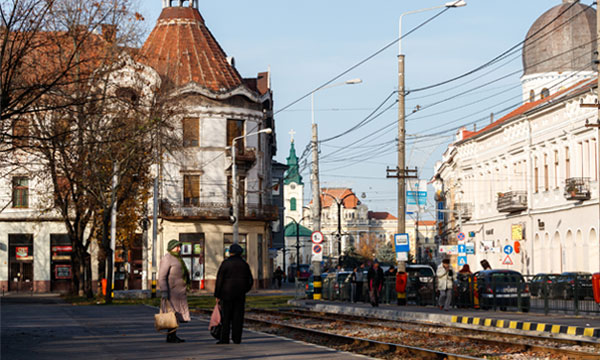 train runs through city in Romania