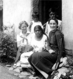 Eunice Pike and Florrie Hansen working in a village in Mexico